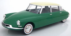 Norev - Scale 1/12 - Citroen DS 19 1956 - Colour: Green / Champagne