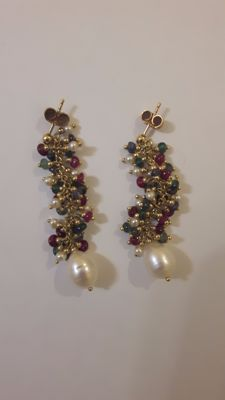 Precious 18-kt Gold Earrings with Micro-Pearls and Delicately Hand-Crafted Natural Stones