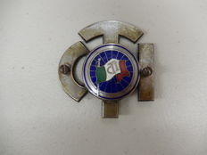 Beautiful Vintage Touring Club Italiano Italy Italian Enamel Car Badge Auto Emblem with fixings for grille attachment