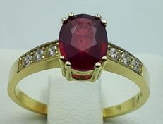 14 Ct Yellow Gold  Natural Ruby and Diamond Ring, Total 2.75g, size 18mm, Ruby 1.65 Ct,