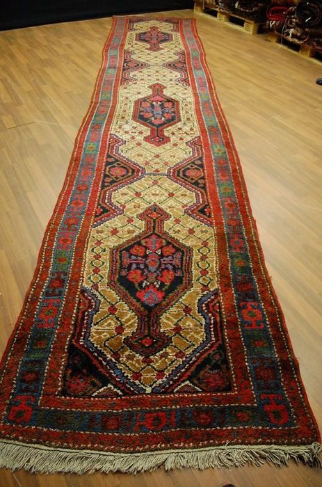 ANTIQUE HAND-KNOTTED PERSIAN RUNNER HAMEDAN approx.: 520 x 97cm