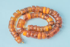 Antique Baltic Amber necklace old honey butterscotch egg yolk colour, 59 gram