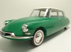 Norev - Scale 1/12 - Citroën DS 19 1956 - Champagne & Green