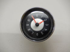 Vintage Original Chrome Kienzle 12 V Volt Car Clock with Two Tone Dial