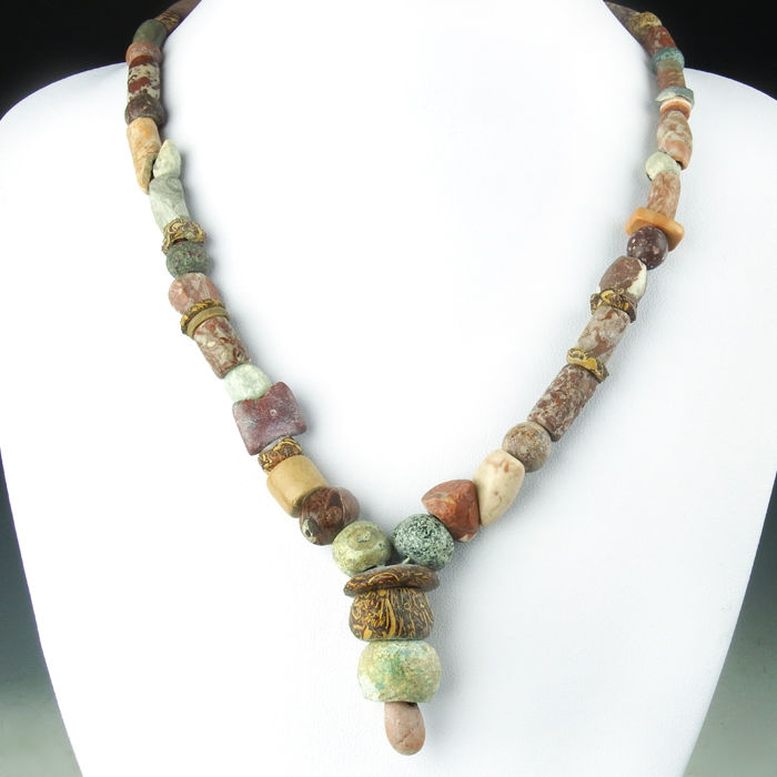 Necklace with ancient stone and glass beads and jaspis seal - 50 cm