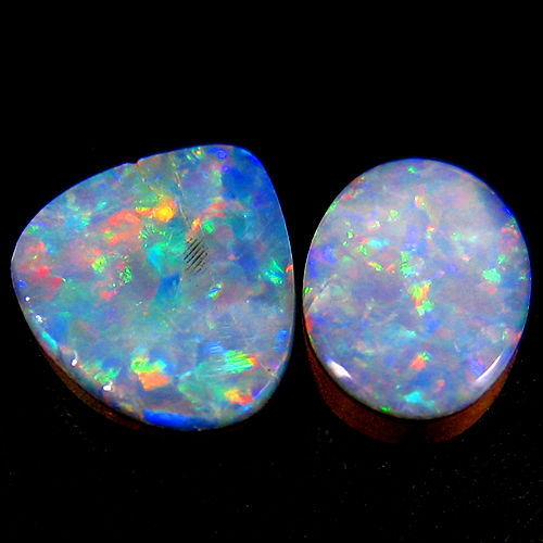 set of Australian doublet opal - 7 x 5.2 x 2.2 mm , 7.6 x 6.6 x 2 mm  - 1.50 ct (2)
