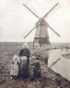 Unknown Dutch photographer (20th century) - Rural scenes