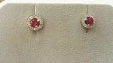Diamonds, rubies and 18 kt white gold earrings