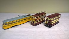 Corgi Classics - Scale 1/50 - Lot of 3 public transport: American tram, trolleybus and English bus 1940s to 1960s - First Editions of 1995 and 1998, respectively limited to 5000, 5500 and 5000 copies