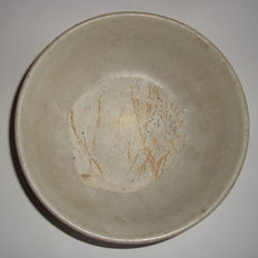 Chinese light grey celadon bowl  -  153 mm x 58 mm