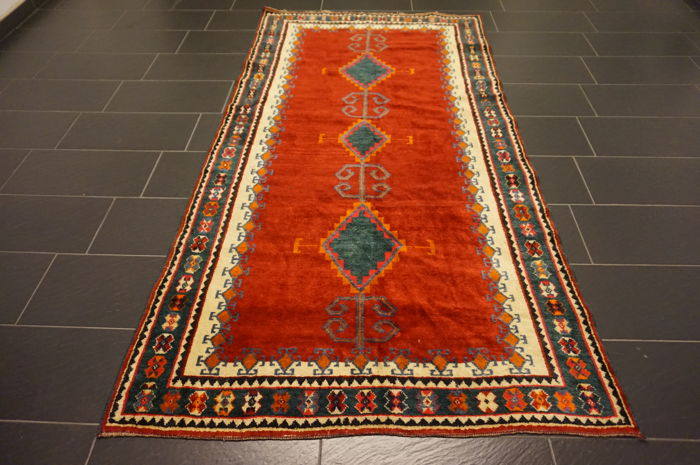 Semi antique, old, beautiful hand-knotted Lori Gabbeh 140X270 cm nomad's work circa 1980 wool on wool