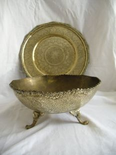 large beautifully crafted copper fruit bowl with lion's head legs and tray