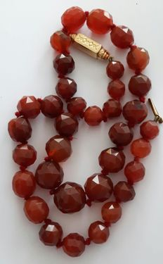 Antique necklace made of facet cut Carnelian and 14 kt gold clasp from circa 1900