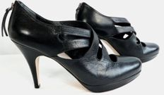 Miu Miu by Prada - shoes with heels, interlaced upper part and small platform - Made in Italy