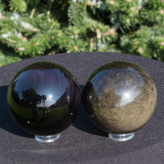 Fine set of Gold and Rainbow Obsidian spheres - 72 mm and 74 mm - 969gm (2)