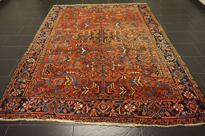 Rare, beautiful, antique, hand-knotted Persian carpet Heriz plant colours, 220X275 cm