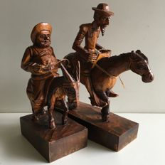 "Lot ""Don Quixote de la Mancha & Sancho Panza"" Clock/Plaque/Figurines - Ouro"