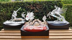 Swarovski - annual edition Unicorn - annual edition Dragon - annual edition Pegasus - displays (3)