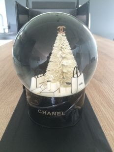 Chanel – Snowball XL
