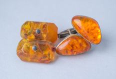 Two pair of natural Baltic Amber vintage cuff links, natural cognac/honey colour Amber, No reserve