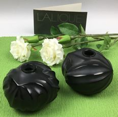 Lalique (France) - 2 small vases in black crystal