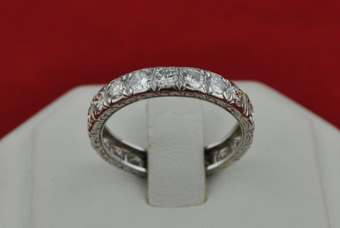 Diamond (Total +/- 2.30CT Color G: Clarity VS) & Platinum Full-Setting Wedding Band/Ring  with intricately engraved design