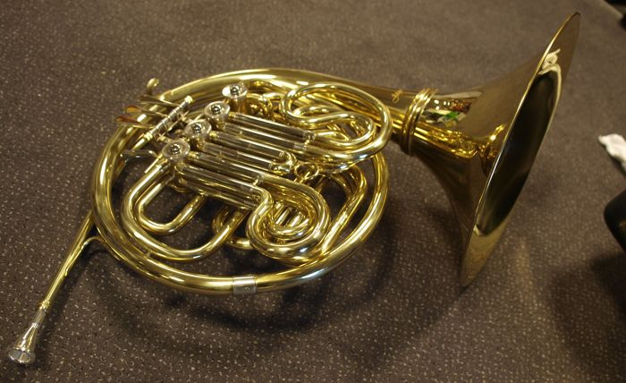 New double French horn, F/Bb, 4 cylinders, with ABS case