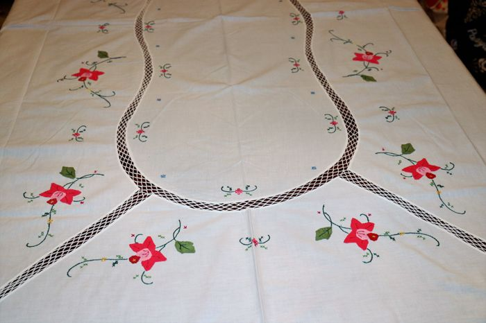 Tablecloth totally handmade in cross stitch with fabric details