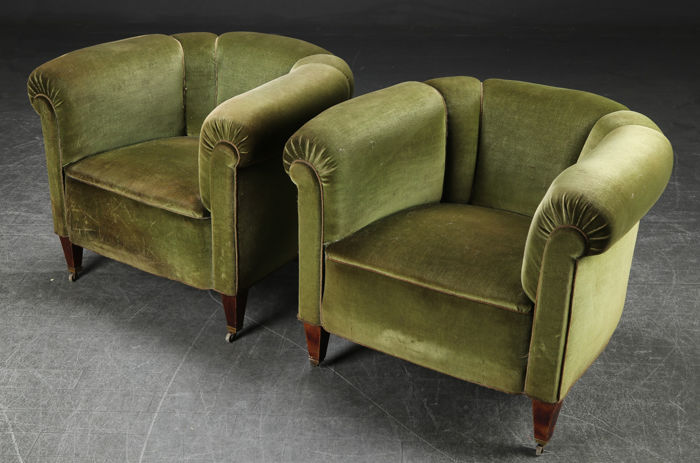 2 antique armchairs in green velour - Europe - 1920s