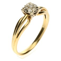14 kt Yellow gold Solitaire ring set with brilliant cut diamond of 0.14 ct - Ring size 17½
