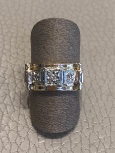 Tank ring in 18 kt yellow and white gold with diamonds, 1940s-50s