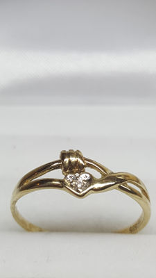 14 kt yellow gold women's ring, heart set with diamond, size 17