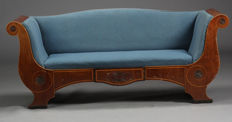 Biedermeier mahogany daybed, North Europe, circa 1840