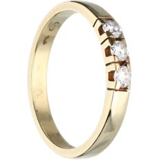 14 kt - yellow gold ring set with 3 brilliant cut diamonds, 0.21 ct in total - ring size: 17.25 mm - NO RESERVE