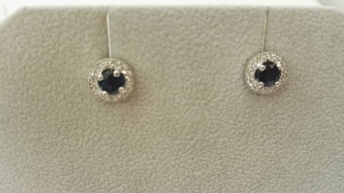 Diamond earrings, blue saphhires with 18 kt white gold
