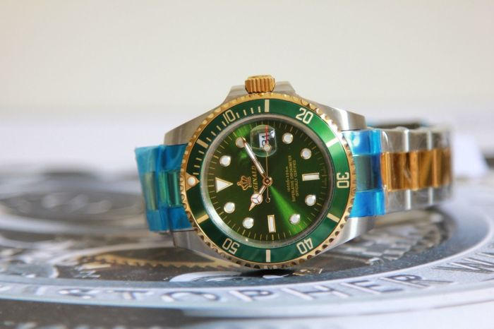 Reginald watch GMT - Swiss Design  - Mens - 2011