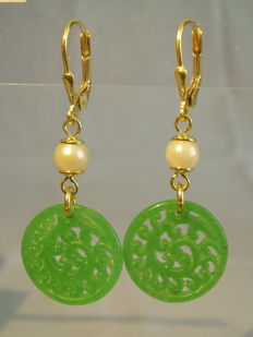 Earrings with hand-engraved jade/neprite discs and white Akoya pearls