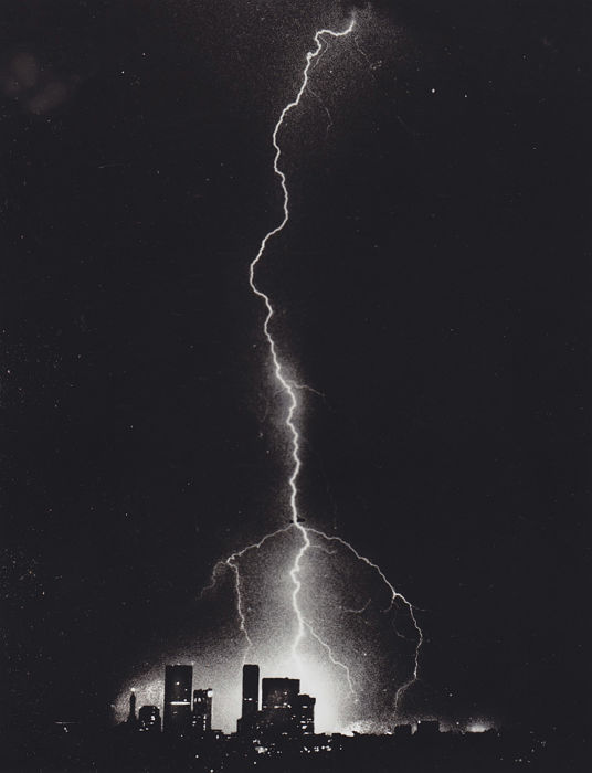 Boris Yaro/ L.A times - Los Angeles lightning strike 1980's / Mark Garfinkel/ Boston Herald - Total Eclipse, Boston, 1996