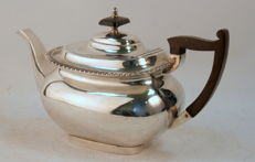 Antique Victorian Silver Plate Tea Pot, By Walker & Hall, Sheffield C.1890