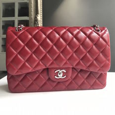 Chanel - Timeless Medium Flap Bag Geantă de umăr