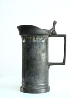 Pewter measuring cup with lid - Flanders, Ghent - 19th century