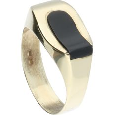 14 kt - yellow gold ring set with an onyx - Ring size: 20.75 mm