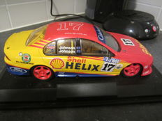 Classic Carlectables - Scale 1/18 - Ford Falcon V8 ´Shell´ - Australian Touring car championship
