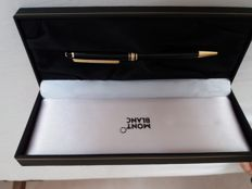 Montblanc Meistertück Classic pen with box
