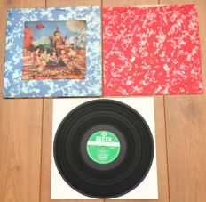 The Rolling Stones- Their Satanic Majesties Request lp/ 1st UK stereo pressing, 1967, w. lenticular (3D) cover & original inner sleeve. VG+