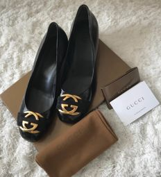 Gucci – Women's shoes with logo
