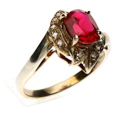 14 kt white gold entourage ring 2.8 grams set with rhodolite and diamonds - Size 16½