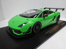 Minichamps - Scale 1/18 - Lamborghini Gallardo LP600+ GT3  - Green