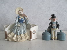 Two figurines of multicolour porcelain