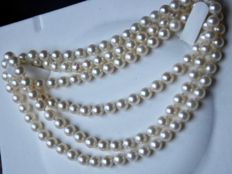 endless Necklace (56gr.) with ca. 6.4-6.8 mm ivory- white Japanese Akoya pearls